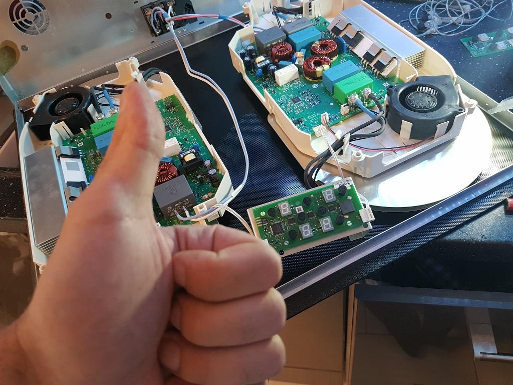 Zepsuty panel sterowania w płycie indukcyjnej Amica