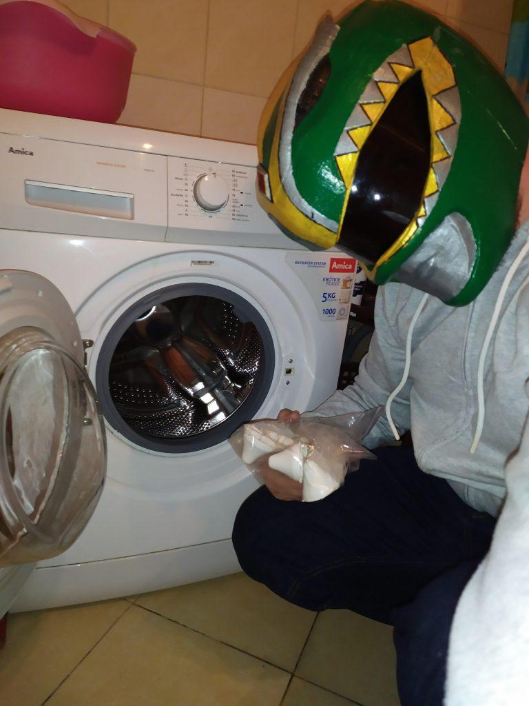 Wymiana zabieraków w pralce