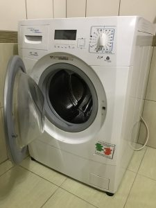 Wymiana elektrozaworu w pralce Ardo - naprawiaj, nie wyrzucaj