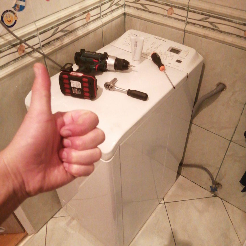 Wymiana łożysk w pralce Electrolux EWT106411w - naprawiaj, nie wyrzucaj