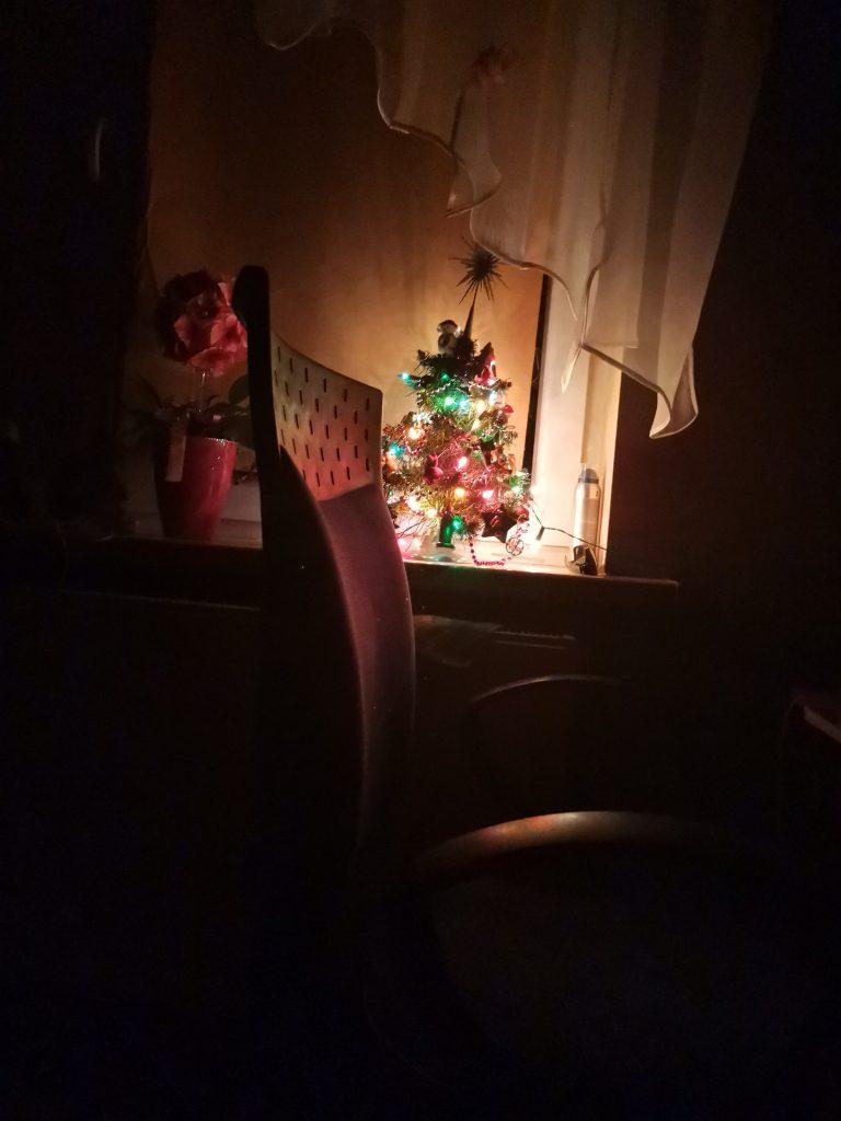 Wymiana wtyczek w lampkach na choinkę