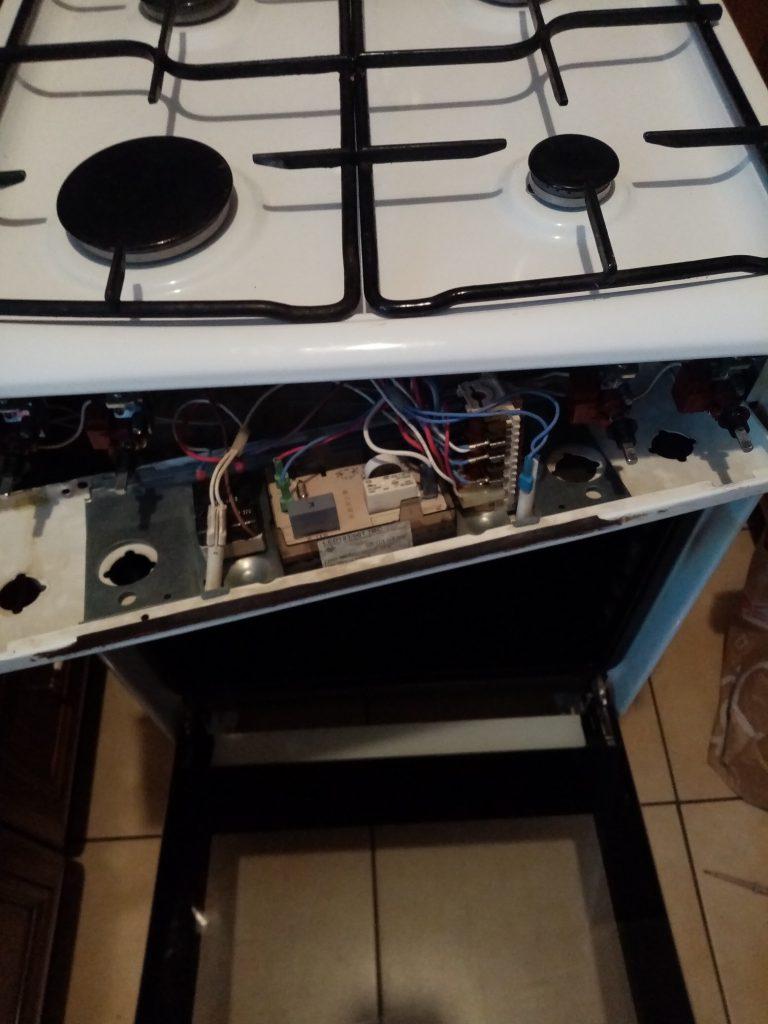 Wymiana programatora w kuchence Amica - naprawiaj, nie wyrzucaj