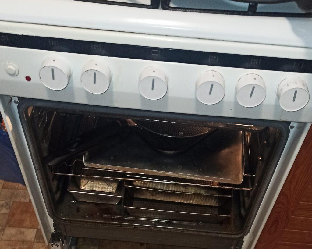 Wymiana drzwiczek w piekarniku