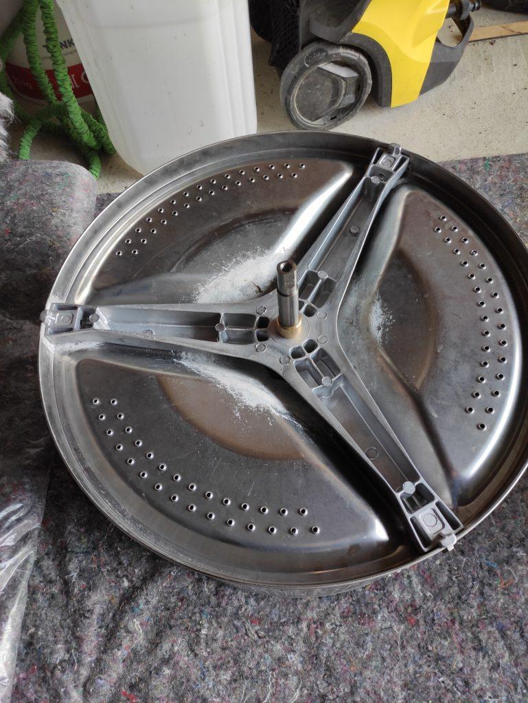 Wymiana krzyżaka w pralce - naprawiaj, nie wyrzucaj