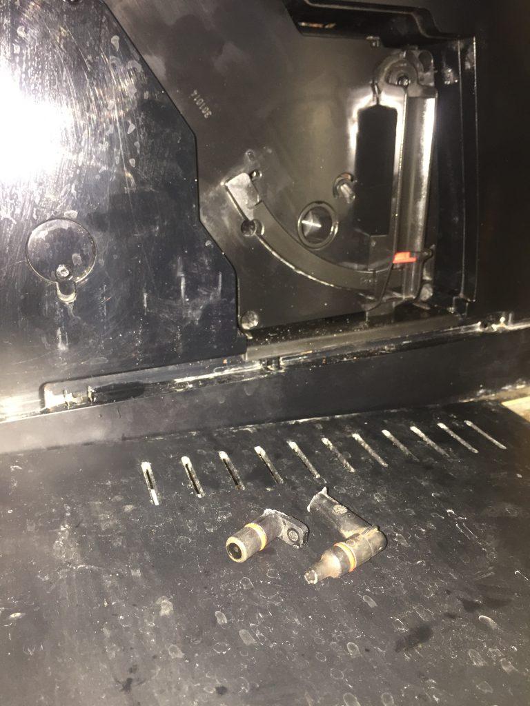 Naprawa ekspresu Nivona 757 – złącze zaparzacza
