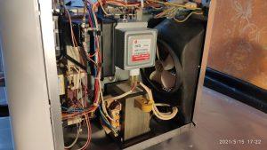 Wymiana magnetronu w kuchence mikrofalowej Whirlpool FT 338WH - naprawiaj, nie wyrzucaj