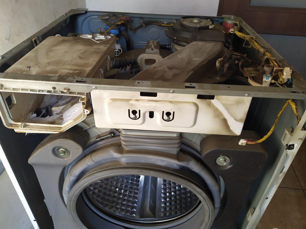 Wymiana krzyżaka i innych elementów w pralce Samsung WD8704 - naprawiaj, nie wyrzucaj